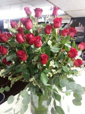36 red roses $225