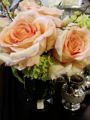 peach-roses-in-silk