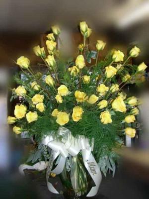 sympathy-yellow-roses