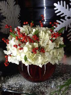 white hyd, with ilex berry