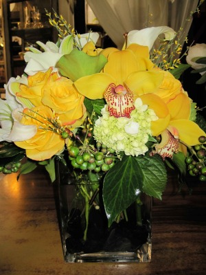 yellow-cymbidium-and-green-hyd-w-galas